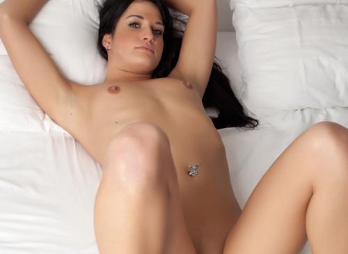 Nackt süß