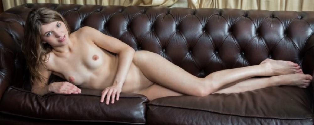 Zarte junge Modelle nackt