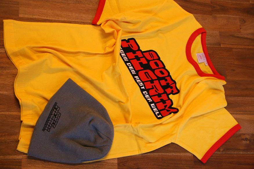 T-Shirt & Haube