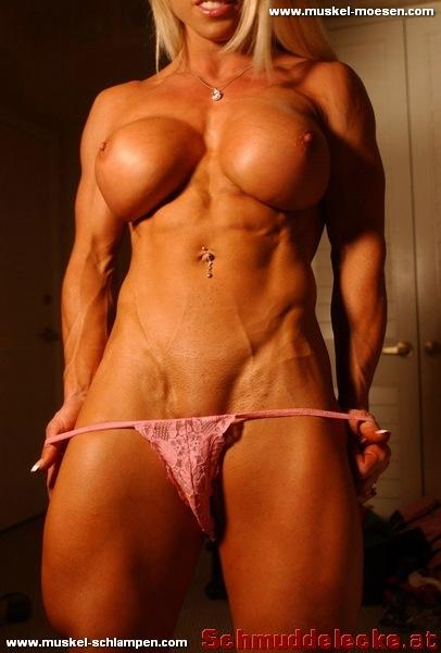 Mit nackt frauen muskeln Weibliche Bodybuilderinnen