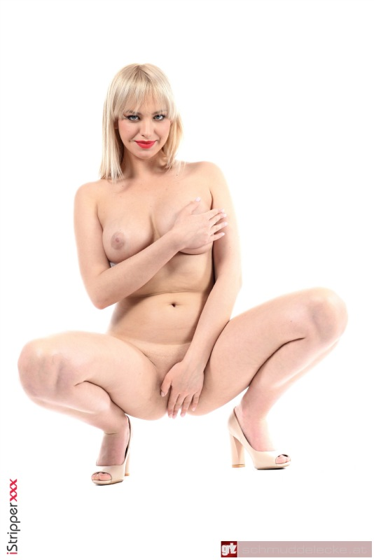 Nackt Stripen